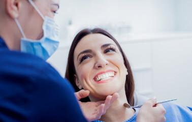 Diş Temizliği Sırasında Ne Olur?