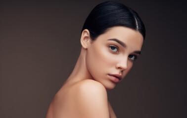 Makyajınız Yokmuş Gibi Görünsün: Doğal Makyaj Tüyoları