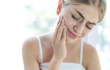 Diş Gıcırdatma Nedir, Nasıl Çözülür?