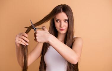 Düzenli Kestirmek Saçı Uzatır Mı?