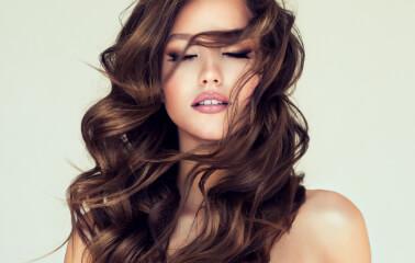 Yaşınızı Daha Küçük Gösteren Saç Renkleri