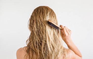 Strese Bağlı Saç Dökülmesi