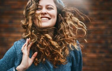 Kalıcı Dalgalı Saç Nasıl Yapılır?