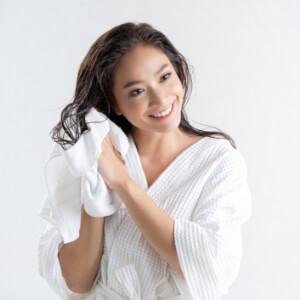 Saç Maskesi Ne İşe Yarar, Nasıl Kullanılır?